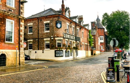 Traditional pubs in York