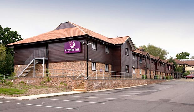 Exterior of Premier Inn Chessington hotel
