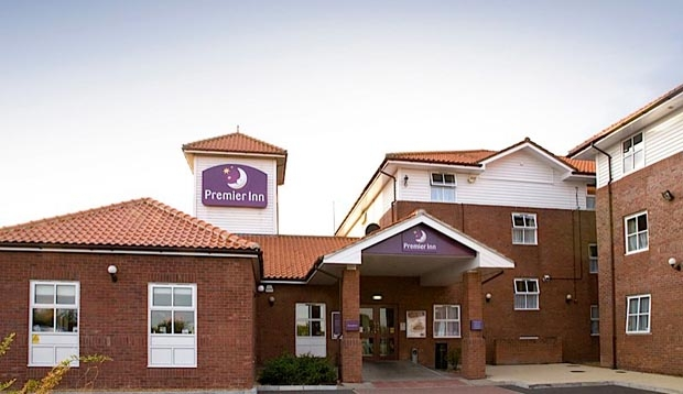 Covered front door with level access at Premier Inn Chelmsford hotel