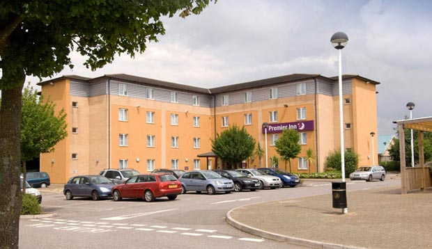 Exterior of Premier Inn London Croydon (Purley A23)