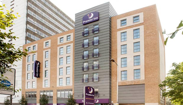 View from the road of Premier Inn London Croydon Town Centre hotel