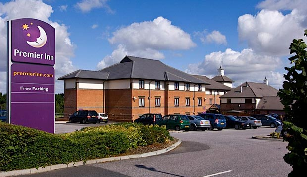 Exterior of Premier Inn Gillingham Business Park showing car park