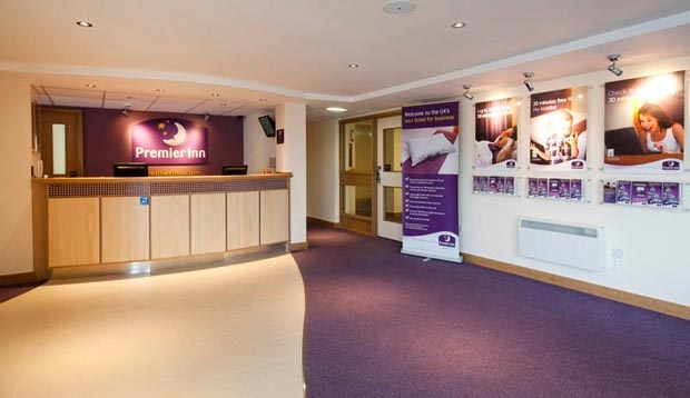 Reception at Premier Inn Glasgow Newton Mearns (M77 J4)