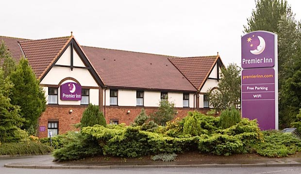 Exterior at Premier Inn Glenrothes
