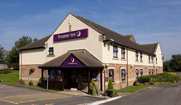 Exterior at Premier Inn Gloucester (Little Witcombe)