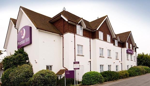 Exterior of Premier Inn Horsham