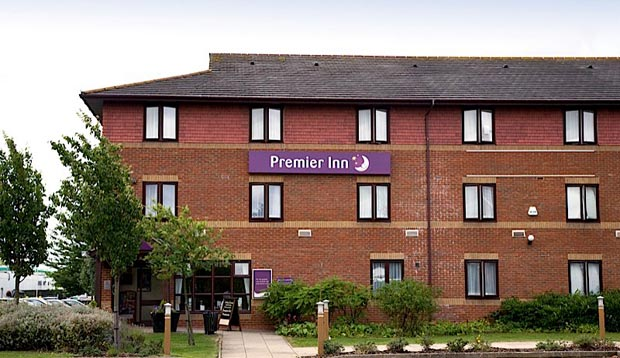 Exterior at Premier Inn Huntingdon (A1/A14)