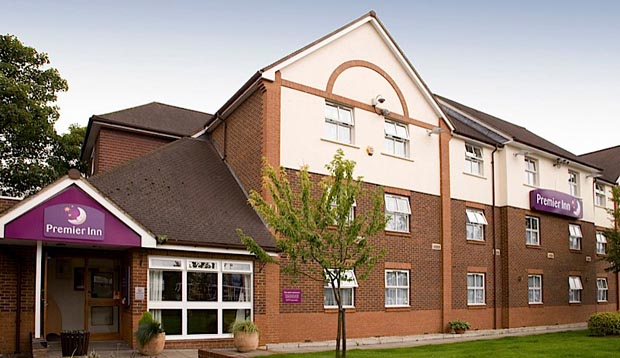 Exterior at Premier Inn London Ilford