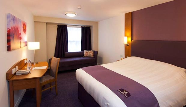 Double room at Premier Inn Leamington Spa Town Centre