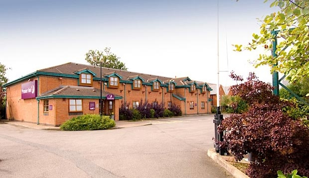 Exterior at Premier Inn Leicester South (Oadby) hotel