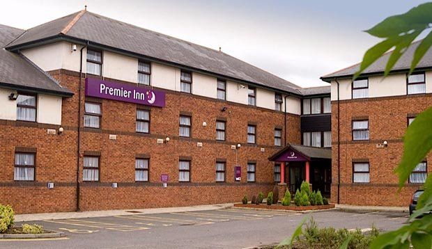 Exterior of Premier Inn Livingston (M8, Jct3) hotel