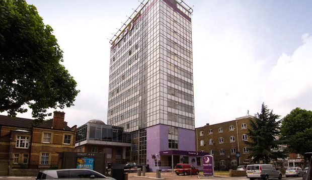 Surrounding area of Premier Inn London Hammersmith hotel