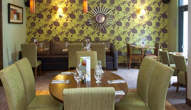 Restaurant at Premier Inn London Richmond
