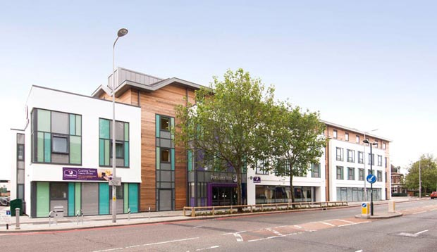 Exterior at Premier Inn London Richmond