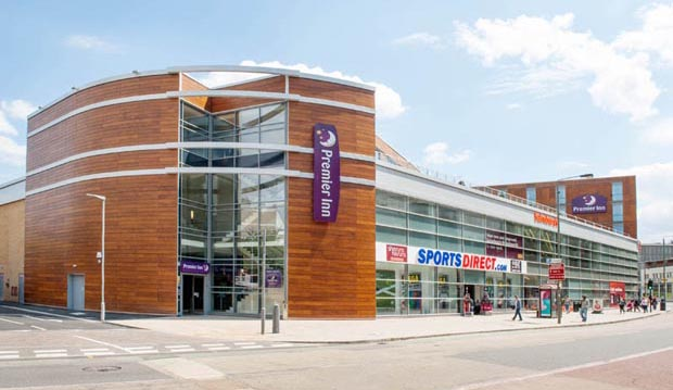 Exterior of Premier Inn London Wandsworth hotel