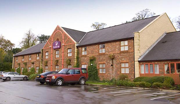 Exterior at Premier Inn Macclesfield North hotel showing car park