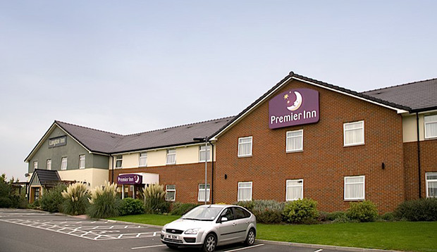 Exterior and car park at Premier Inn Market Harborough hotel