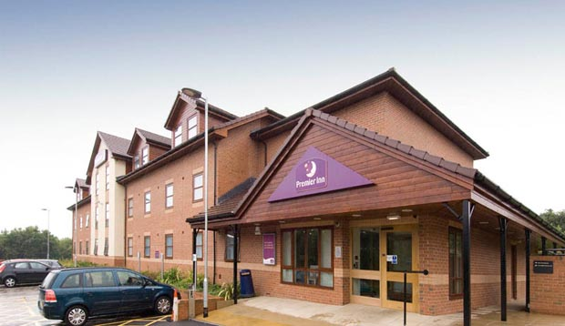 Exterior of Premier Inn Ripley with car park view