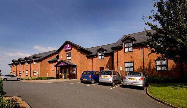 Exterior of Premier Inn Ross-On-Wye showing car park