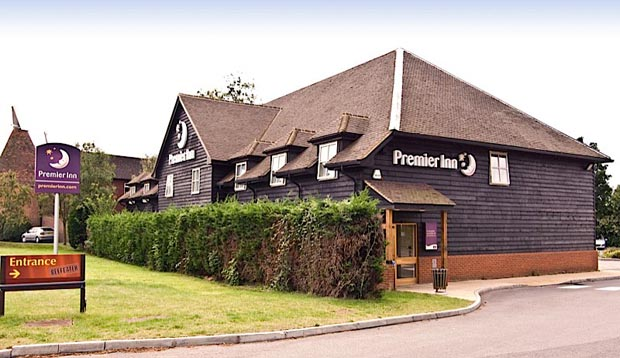 Exterior at Premier Inn Tonbridge North