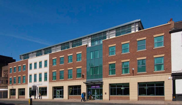 Exterior of Premier Inn York City (Blossom St South)